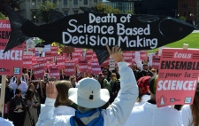 Scientists rally on Parliament Hill in Ottawa