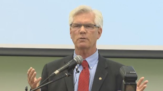 Natural Resources Minister Jim Carr will be discussing climate change and energy in Winnipeg today.
