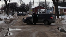 Police standoff on Union Avenue