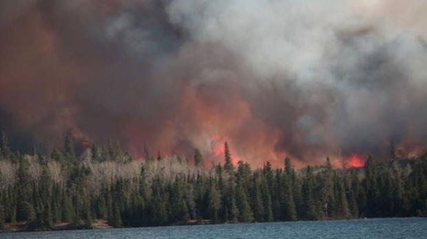 Manitoba-Ontario wildfire