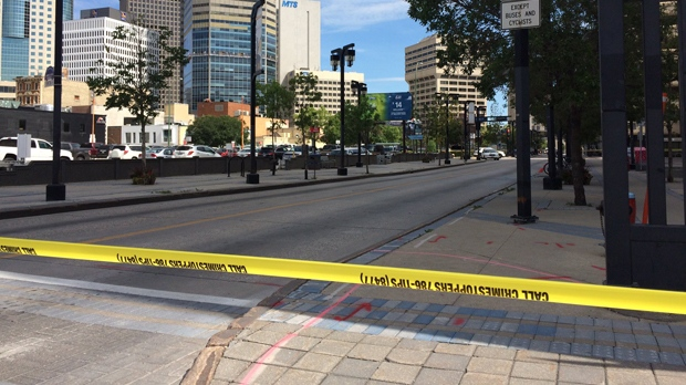 Winnipeg police have closed sections of road downtown after a suspicious package was located. (Josh Crabb/CTV Winnipeg)