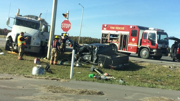 Winnipeg pedestrian dead after semi crash east of Portage la Prairie