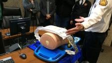 Automatic chest compression device