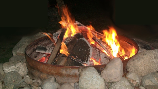 Fire pit rules in Winnipeg could change | CTV News Winnipeg