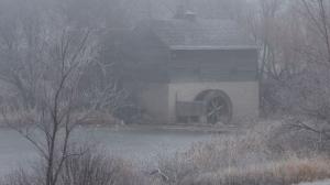 Manitobans woke up to thick fog on Sunday, Nov. 27, 2016. Photo by Neil Longmuir.