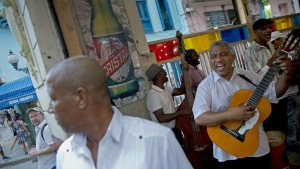 A Cuban band plays at a cafe in Old Havana, Cuba, Monday, Dec. 5, 2016. (AP / Enric Marti)