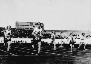 Ethel Smith (left), who won the bronze medal, and Fanny Rosenfeld (second from left) of Canada who won silver, run in the women's 100-metre race at the Summer Olympic Games in Amsterdam, Netherlands in this 1928 file photo. Finance Minister Bill Morneau and Bank of Canada Governor Stephen Poloz will announce Thursday which Canadian woman will be the first to grace the front of a banknote. (National Archives of Canada / THE CANADIAN PRESS)